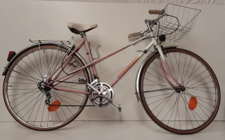 Vélo rose cycle guimard - Ecocyclerie des Mauges